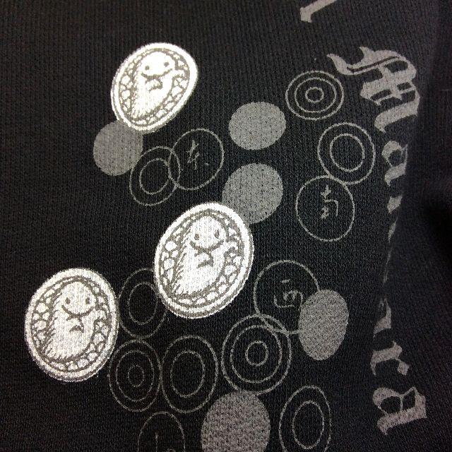ダヤンジップアップパーカーの胸部分のデザイン画像